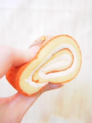 ロールケーキのスクイーズ
